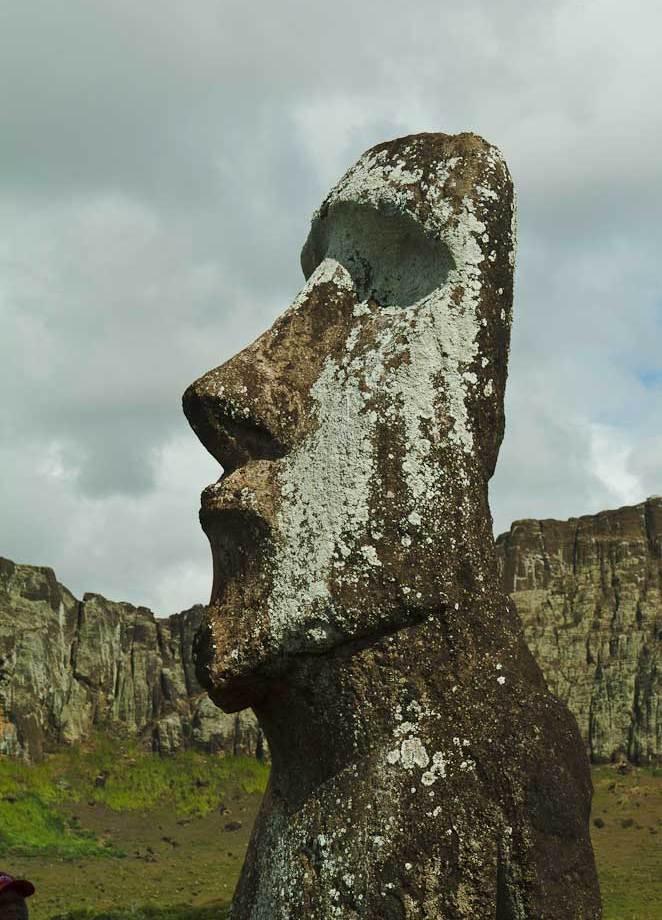 """""""Travelling Moai"""" -to Osaka, Japan and back"""
