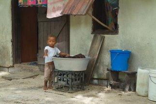 Life in Dravuni, Fiji
