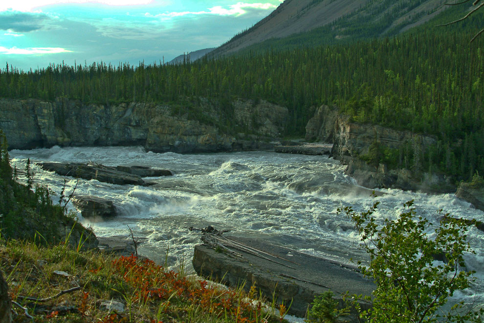 Nahanni above Virginia Falls