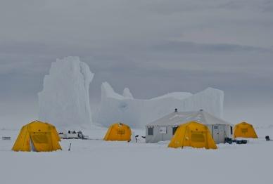 Floe edge camp