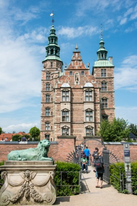 Rosenborg Slot ( Royal Palace)